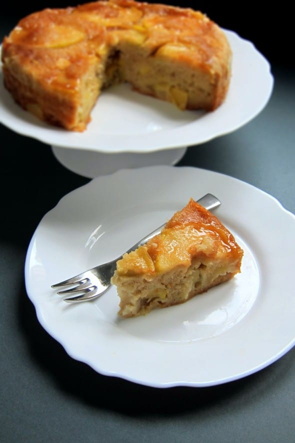 upsidedown-apple-cake2-hippressurecooking